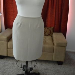 Vintage Collection for le Suit  Ivory Tweed 14P